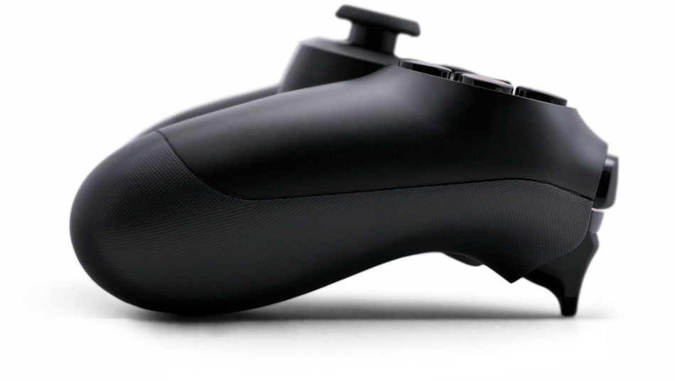 Jeff Cannata says the 'PS4 controller is far better than the Xbox One controller'